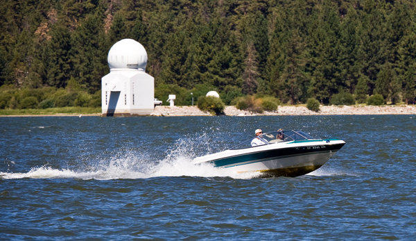 Cruise into the holiday with a lodging special at Big Bear Lake.