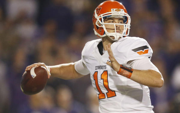 Oklahoma State quarterback Wes Lunt looks for a receiver against Kansas State.