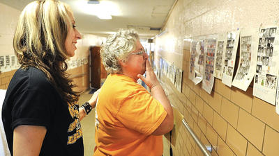 Community members say good-bye to Winchester's Central Elementary