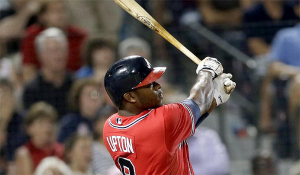 Justin Upton's sixth inning grand slam gave the Atlanta Braves the edge in the Dodgers' 8-5 loss on Friday.