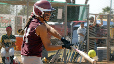 DIVISION I SOFTBALL: Bulldogs stay alive by beating Patriots, 6-4