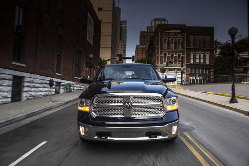 The 2013 Ram 1500 gets a thorough makeover to keep it competitive with the Ford F-150 and upcoming trucks from Chevrolet and Toyota. An all-new V6 model joins the lineup.