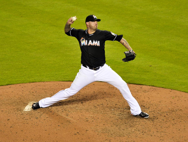 Marlins relief pitcher Jon Rauch throws during the eighth inning against the Diamondbacks.