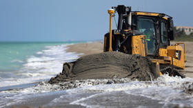 Florida prepares coastline for 2013 Hurricane Season