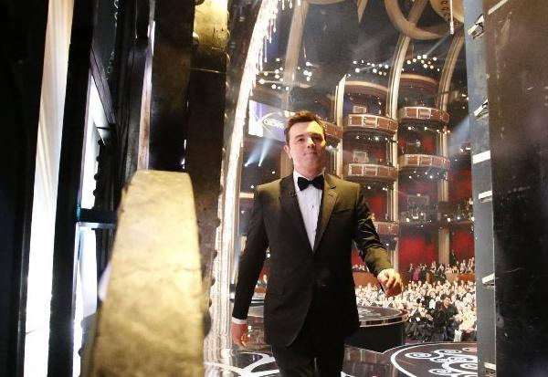 """Traumatized critics exhale: I'm unable to do the Oscars again,"" Seth MacFarlane tweeted Monday."