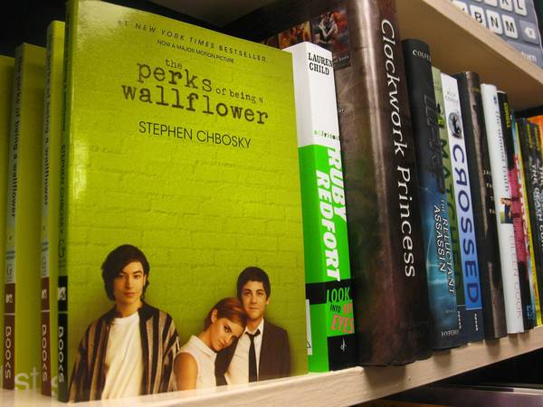 "Glen Ellyn School District 41 took ""The Perks of Being a Wallflower"" off the shelves at Hadley Junior High School after parents complained."