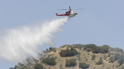 Burbank brush fire grows to 20 acres