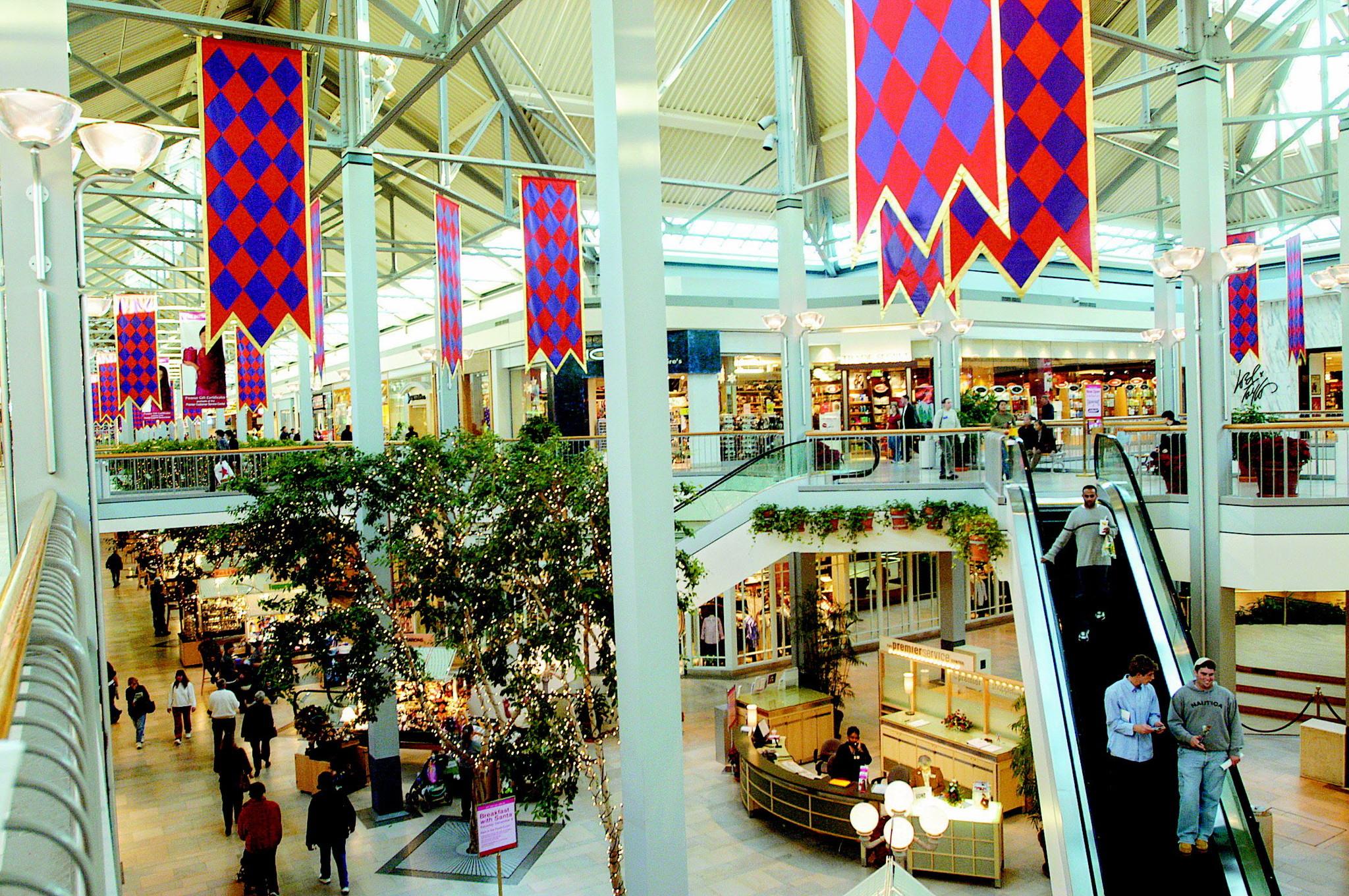 white marsh mall expands sunday hours baltimore sun - Olive Garden White Marsh