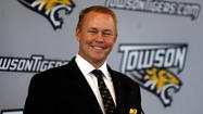 Mike Waddell, whose 21/2-year tenure as Towson's athletic director was marked both by the tremendous growth in its football and men's basketball programs and by the controversy surrounding the elimination of men's soccer and the proposed dropping of baseball, is leaving to become a senior associate athletic director at Arkansas.