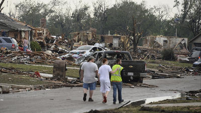 'Horrific' tornado flattens area south of Oklahoma City