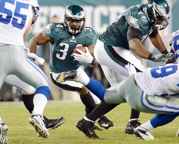 Eagles running back Bryce Brown (34) showed a lot of potential last season, rushing for 564 yards on 115 carries (4.9 yards per run).