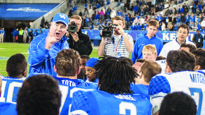 UK Football: Mark Stoops says his late father was huge influence on his life, coaching career