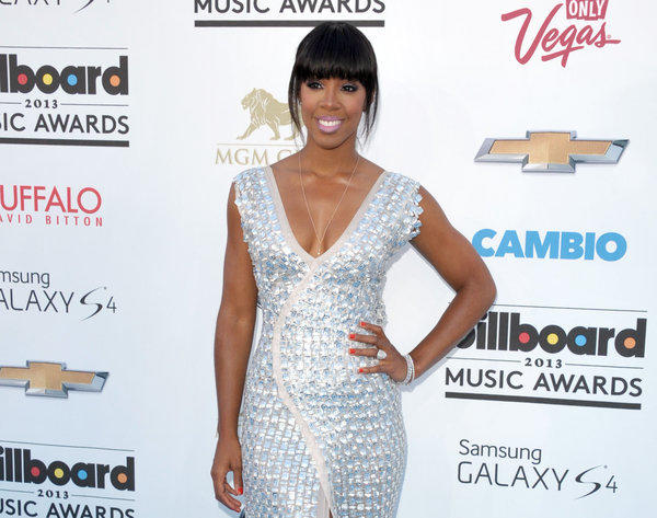 "Former Destiny's Child singer Kelly Rowland is joining the cast of ""The X Factor."""