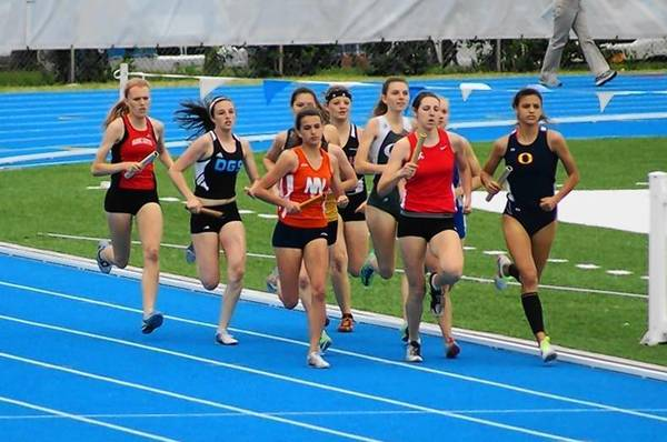 Naperville North freshman Jenny Gibson runs the first leg of the 4x800 meter relay at the Illinois state championships. The relay team finished 10th overall in 9:24.37.