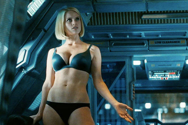 Alice Eve's underwear