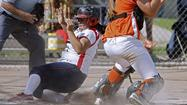 Pasadena Poly can't slow down Bell-Jeff in softball playoffs