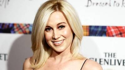 Singer Kellie Pickler jives to victory on 'Dancing With the Stars'