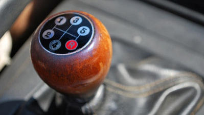 Green Wheels: The Manual Transmission Disappears