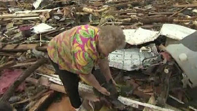 Woman reunited with dog after Oklahoma tornado