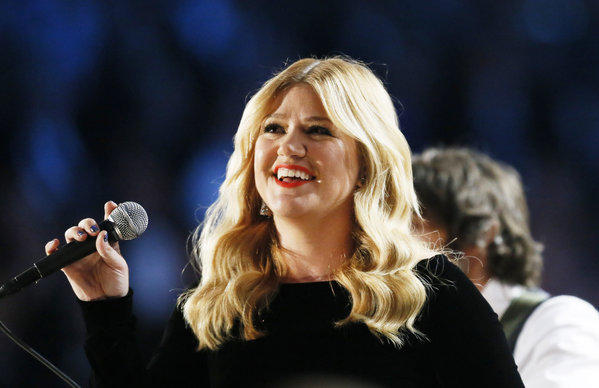 "Season 1 ""Idol"" champ Kelly Clarkson could be in the mix to serve as one of the show's judges next season."
