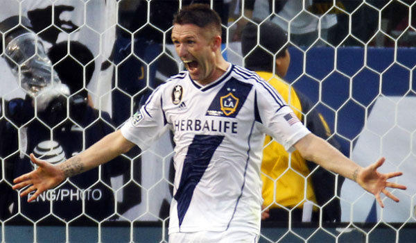 Galaxy forward Robbie Keane has been given permission to join Ireland for two exhibition matches.