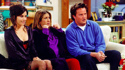 Jennifer Aniston reunites with 'Friends' co-stars on 'Ellen'