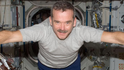 Watch NASA's live chat with Chris Hadfield, ISS astronauts at noon