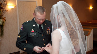 Las Vegas deal: Free weddings for military members and vets