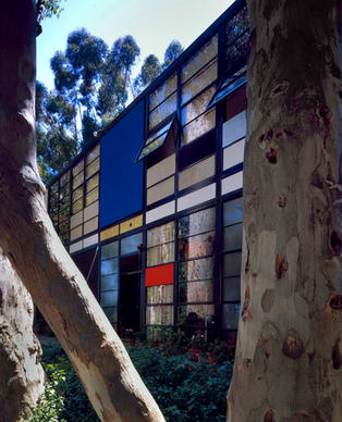 "The Eames House in Pacific Palisades stands as an epitome of Midcentury California design, an expression of modernity and optimism that many still emulate today. Said Bill Stern, founder of the California Museum of Design: ""The Eames House eschewed traditional materials like bricks and sticks, and used glass and steel in fresh ways to create a new understanding of how people can live."""