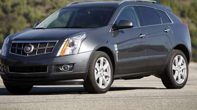 GM recalls some 2013 Cadillac SRX crossovers; wheel nuts may loosen