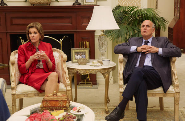 "Jessica Walter, left, and Jeffrey Tambor in a scene from Netflix's ""Arrested Development."""