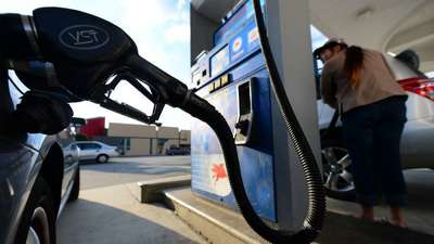 U.S. drivers will spend $1.4 billion on gasoline over Memorial Day