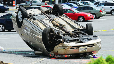 Woman injured when car overturns in Valley Mall parking lot