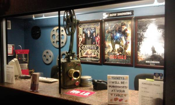 Picture show paradise: Aloma Cinema Grill serves hungry film fans.