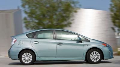 Prius leads 2013 California car sales; domestic brands make gains