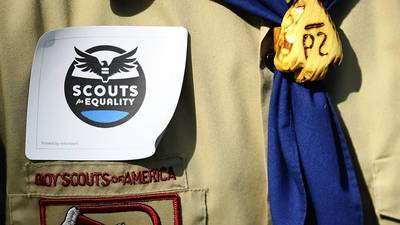Boy Scouts lift ban on openly gay youth