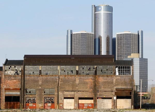 An abandoned factory stands near General Motors world headquarters at the Renaissance Center in Detroit on April 27, 2009.