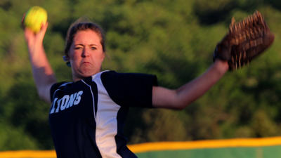 3A Softball: Lyons, Sacred Heart advance in shutout fashion