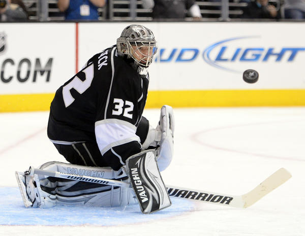 Kings goalie Jonathan Quick makes a save during a 3-0 shutout win over the Sharks in Game 5.