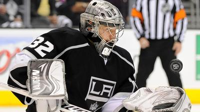 Kings deliver at home again, 3-0