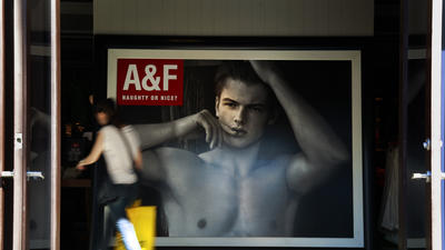 Abercrombie & Fitch earnings stumble, stock slumps