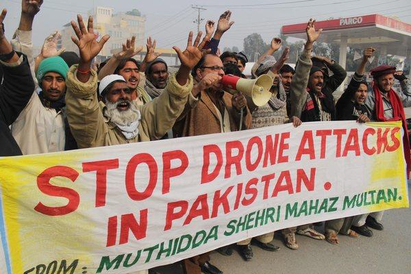 Pakistanis protest drone strikes