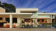 A-Rod parts with Miami Beach pad