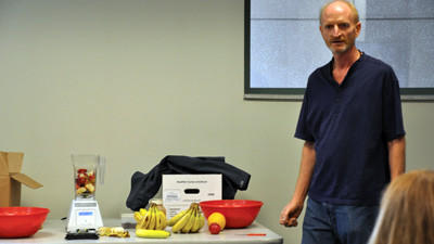 Jeff Kimmel talks with Somerset County employees about the healthy and fun benefits of including smoothies in their diet. Kimmel is with the countys microfilm department.
