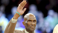 NBA champion Flynn Robinson died Thursday after a battle with cancer.