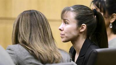 Arizona jury foreman says believed Jodi Arias was abused