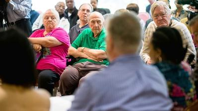 Dolton mayor questions operators of struggling senior center