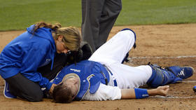 A.J. Ellis bruised after collision but says he'll return Saturday