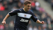 Robbie Rogers to join Galaxy in trade for Mike Magee