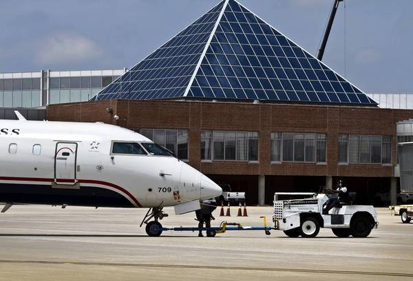 Officials at Newport News-Williamsburg International Airport are trying to lure a new carrier to the airport following the departure of Airtran Airways.